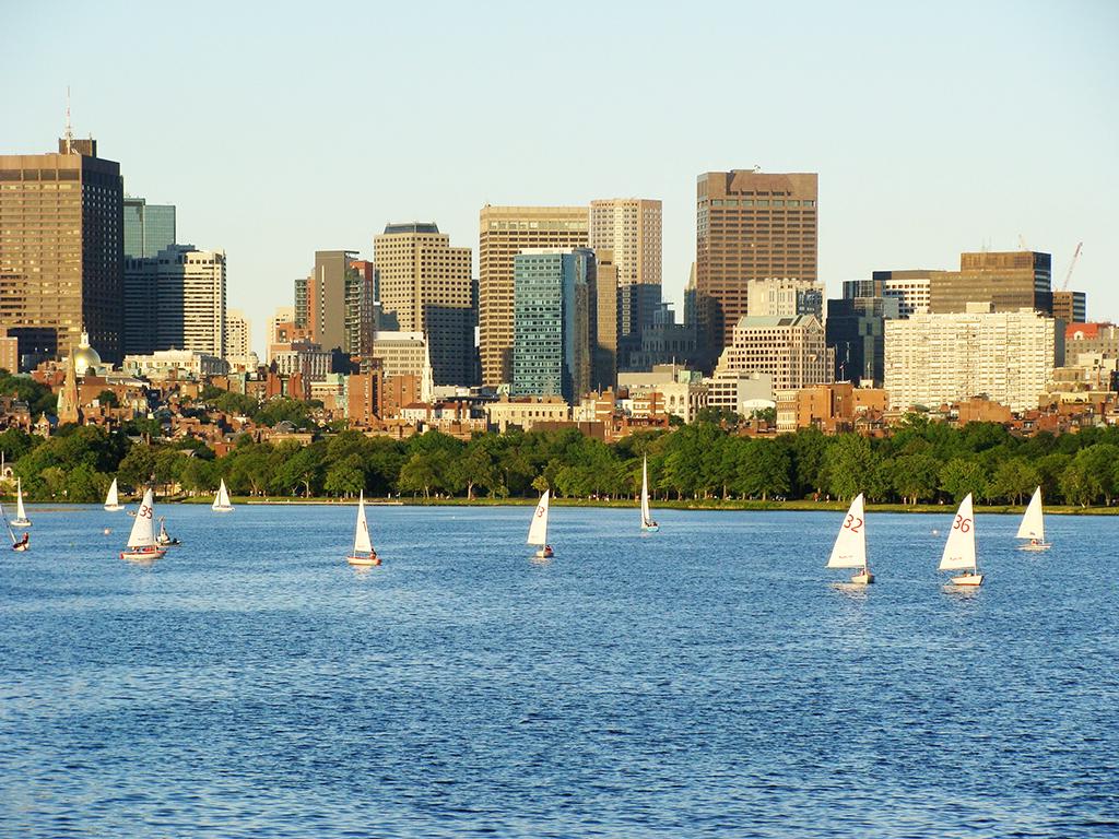 Vista del Río Charles y del Perfil de Boston desde Cambridge - Foto de Andrea Hoare Madrid