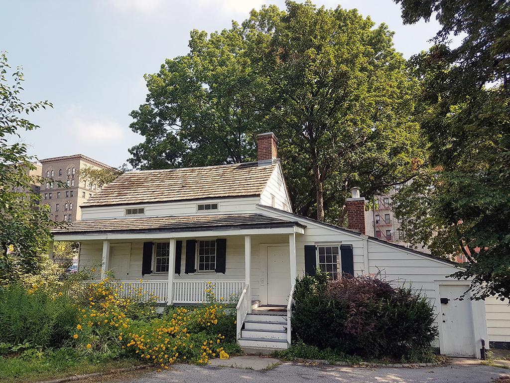 Casa de Edgar Allan Poe en Nueva York - The Poe Cottage en el Bronx - Foto de Andrea Hoare Madri
