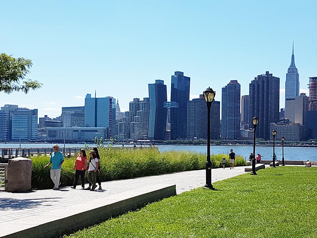 Vista de Midtown Manhattan desde el Gantry Plaza State Park - Foto de Andrea Hoare Madrid
