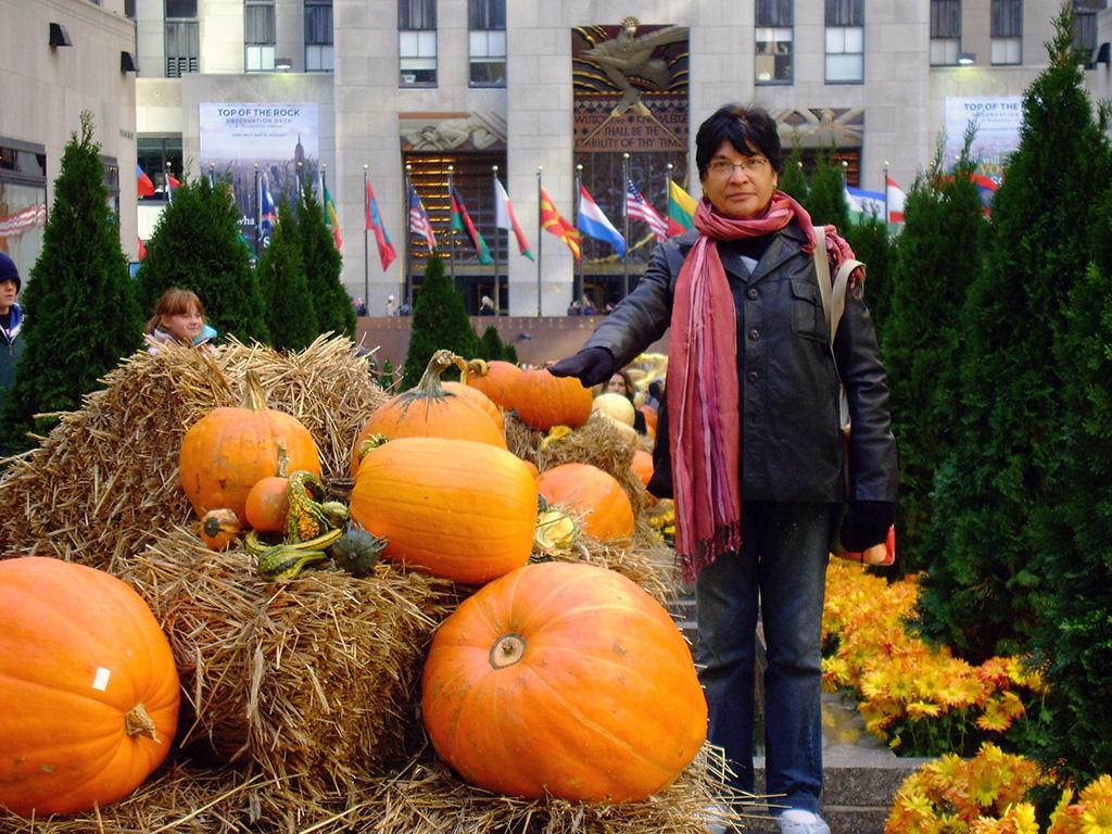Channel Gardens decorado para Halloween - Foto de AHM