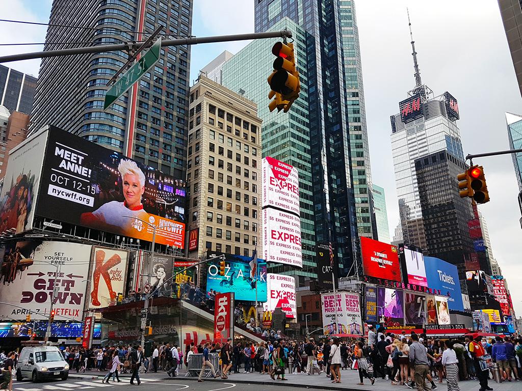 Multitudes en Times Square - Foto de AHM