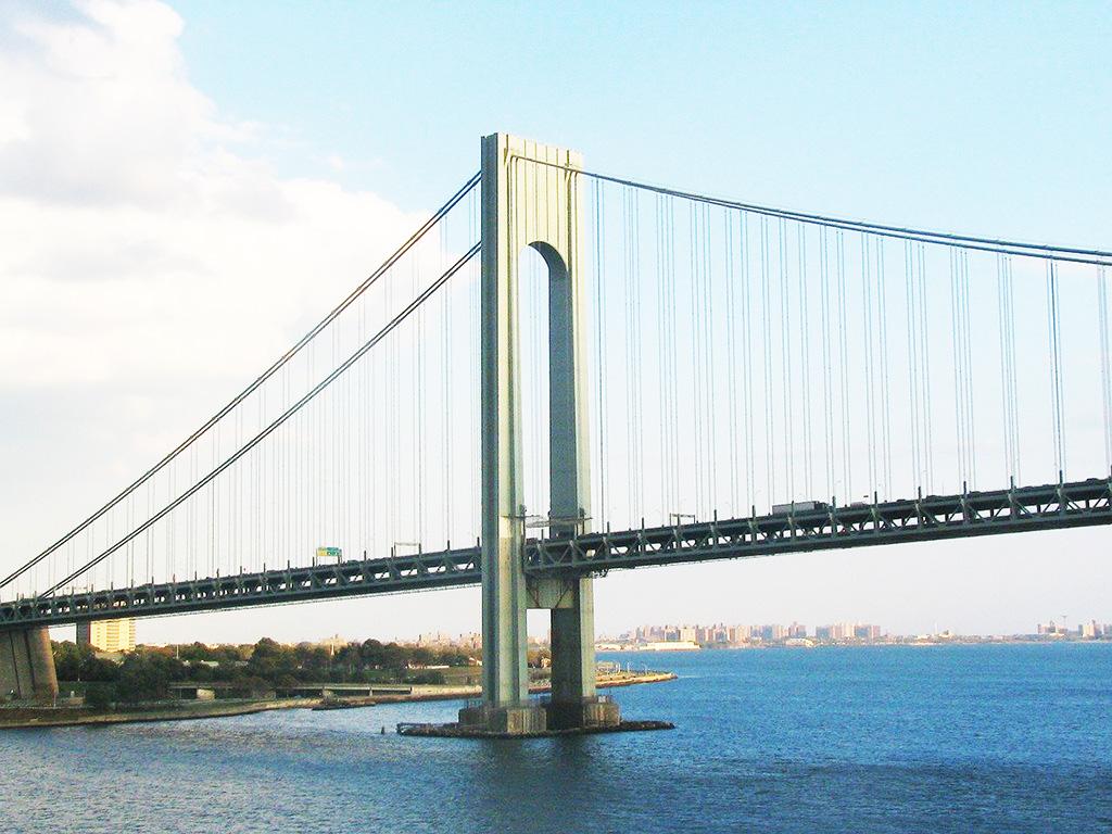 Foto del Puente Verrazano-Narrows de travel8187 de Dominio Público vía Pixabay disponible en https://pixabay.com/es/photos/verrazano-puente-nueva-york-183212/