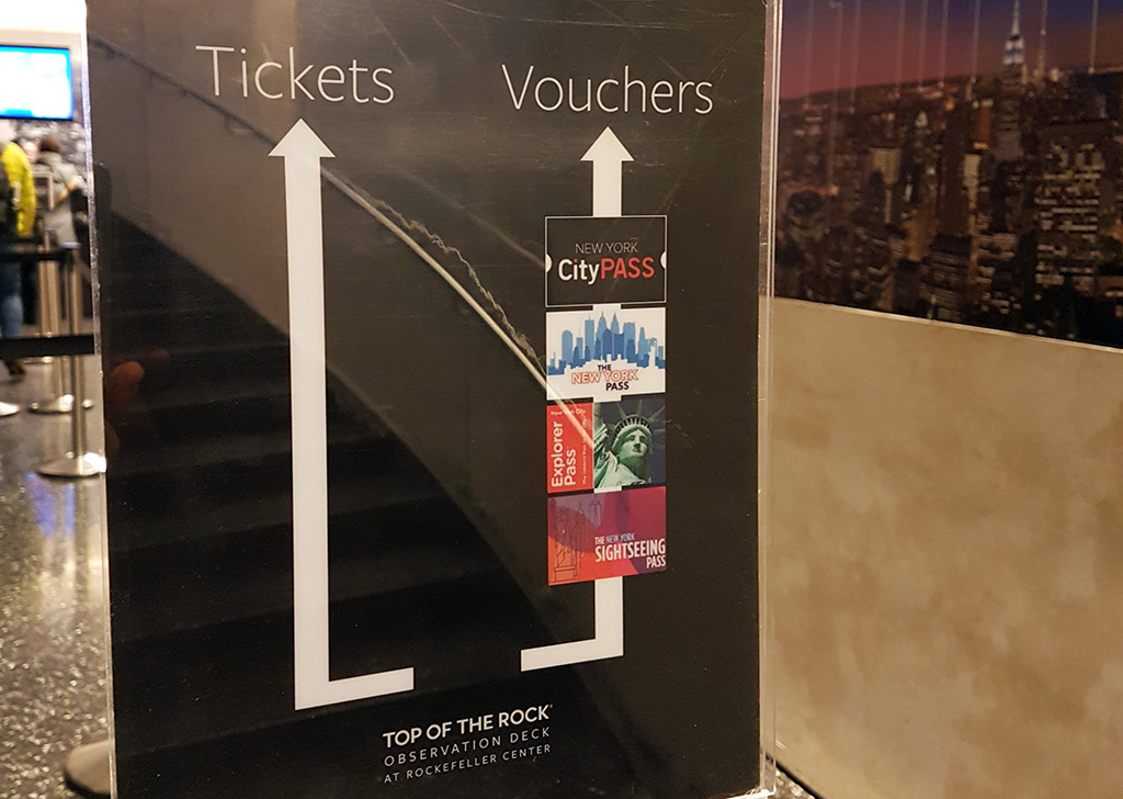 Acceso preferencial para tarjetas de descuento New York Pass, CIty Pass, Sightseeing Pass , Go New York en el observatorio Top of the Rock - Foto de AHM