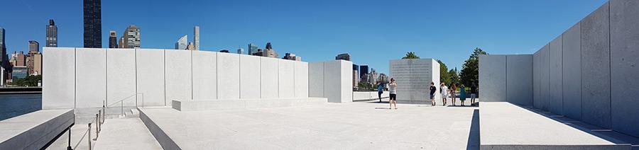 Panorámica del Monumento a Franklyn Delano Roosevelt en el Parque de las Cuatro Libertades en Roosevelt Island, Manhattan - Foto de Andrea Hoare Madrid