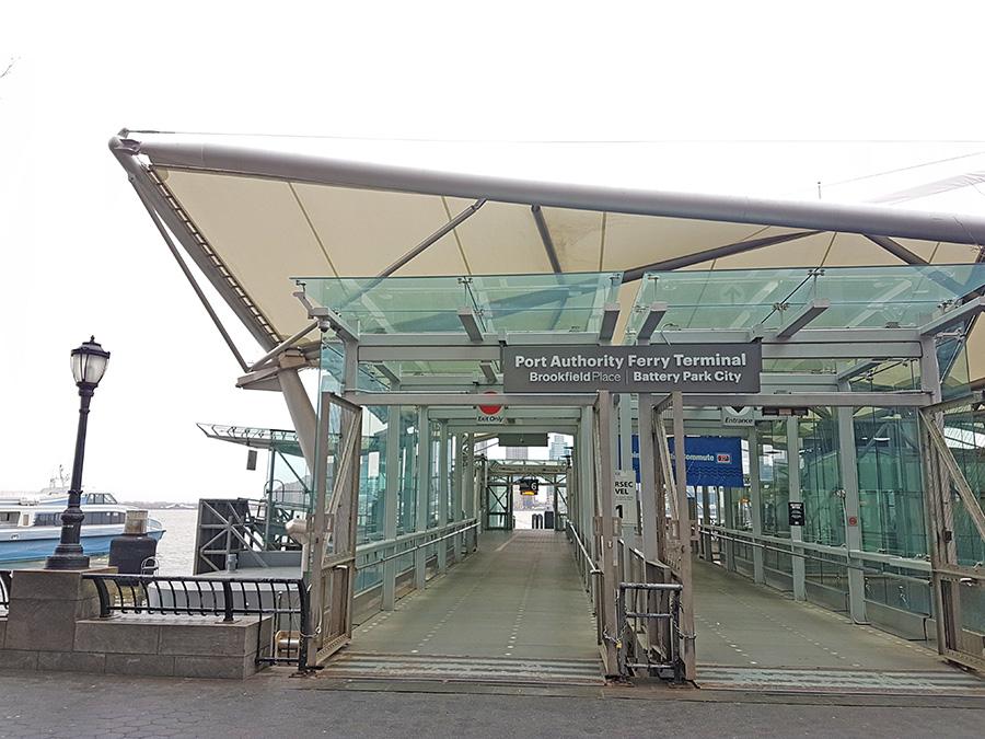 Entrada al Porth Authority Ferry Terminal estación Brookfield Place / Battery Park City - Foto de Andrea Hoare Madrid