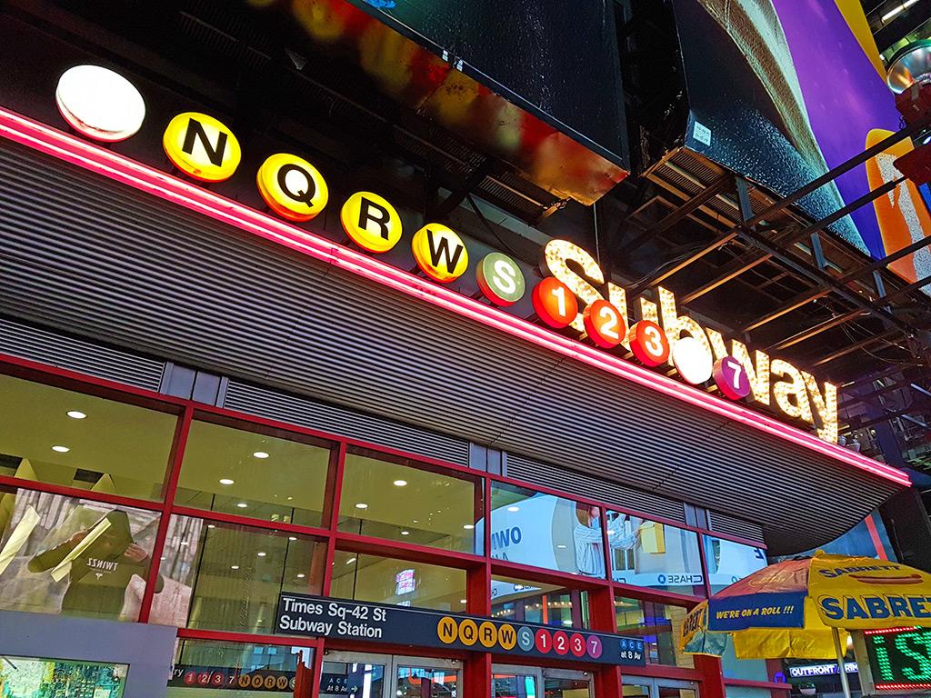 Estación del metro de Nueva York de Times Square, una de las más grandes y con más líneas. Foto de Andrea Hoare Madrid