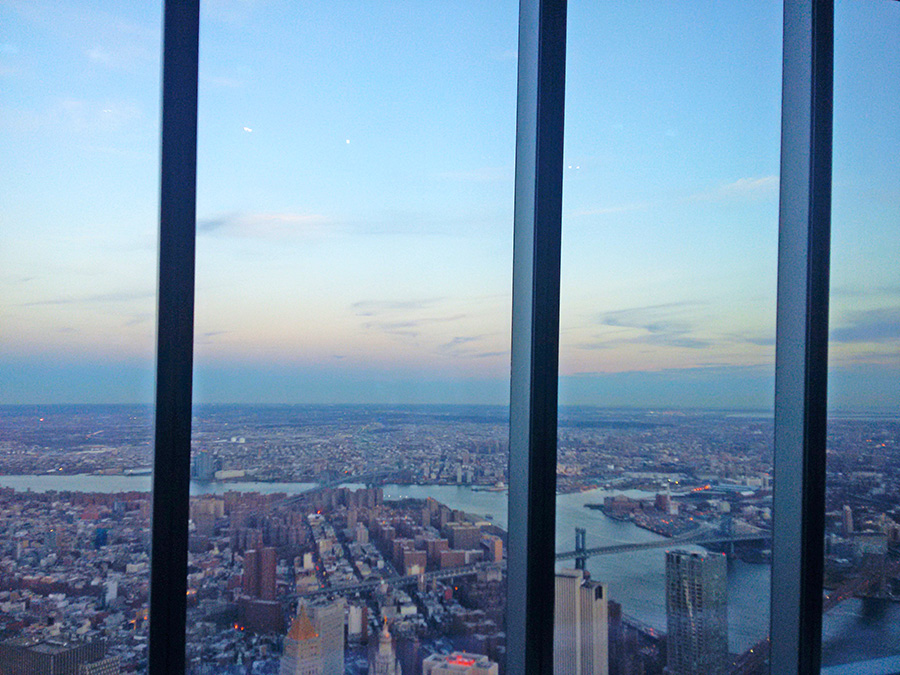 Ventanales del mirador del One World Trade Center - Foto de AHM