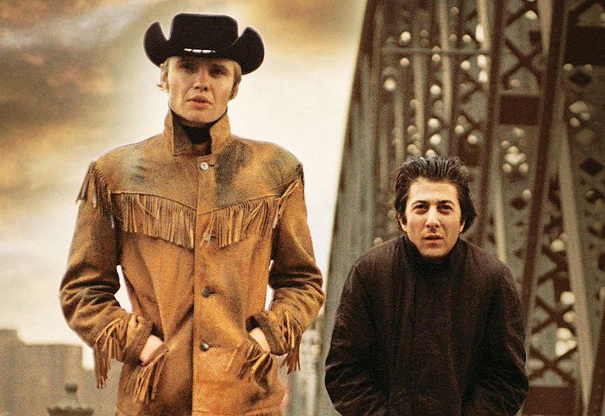 Escena de los personajes de Dustin Hoffman y Jon Voight en Midnight Cowboy - Películas clásicas filmadas en Nueva York