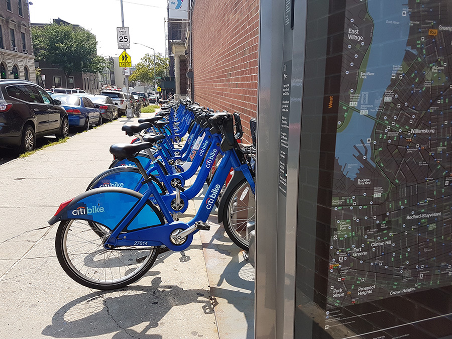 Bicicletas de alquiler Citibike en Greenpoint - Foto de AHM
