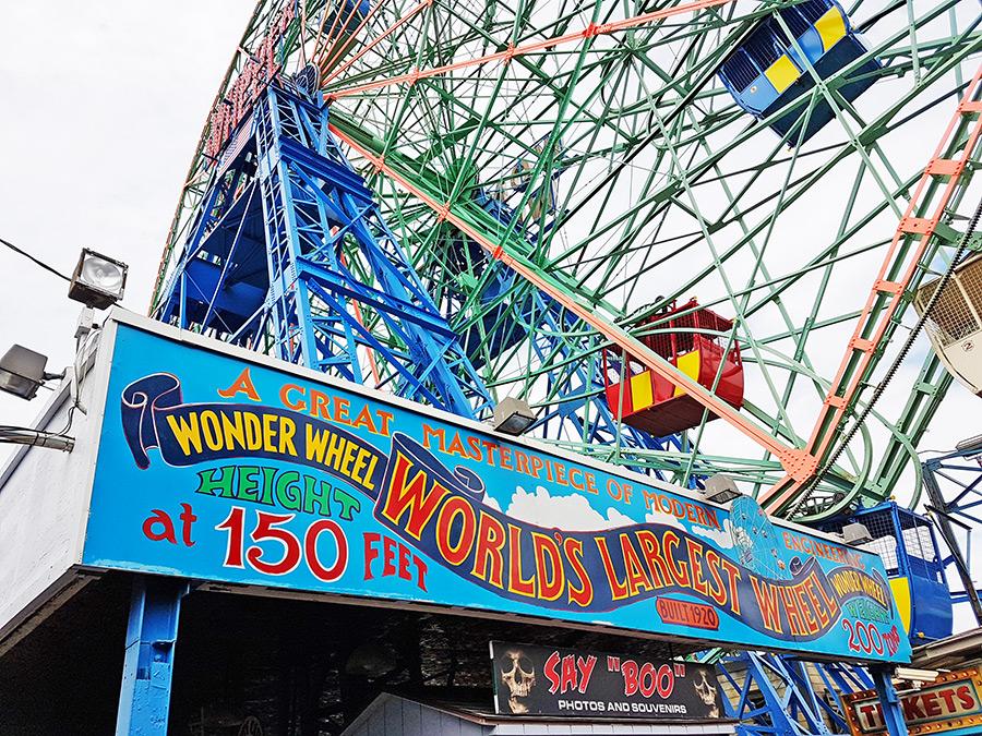 Entrada a la rueda de la fortuna Denos Wonder Wheel en Coney Island - Foto de Andrea Hoare Madrid