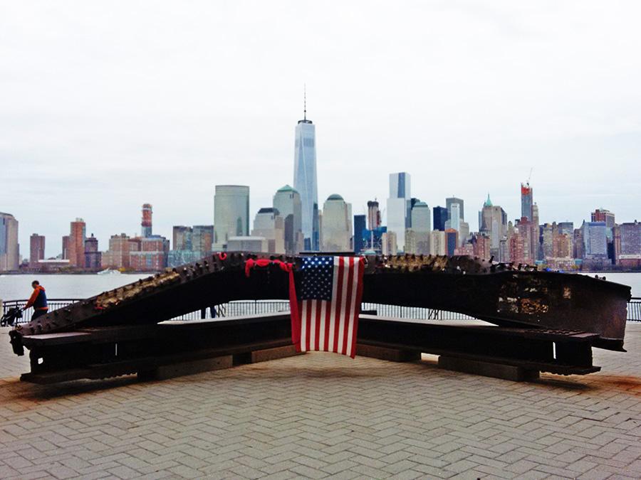 Jersey City 9-11 Memorial en el Parque J. Owen Grundy - Foto de Andrea Hoare Madrid
