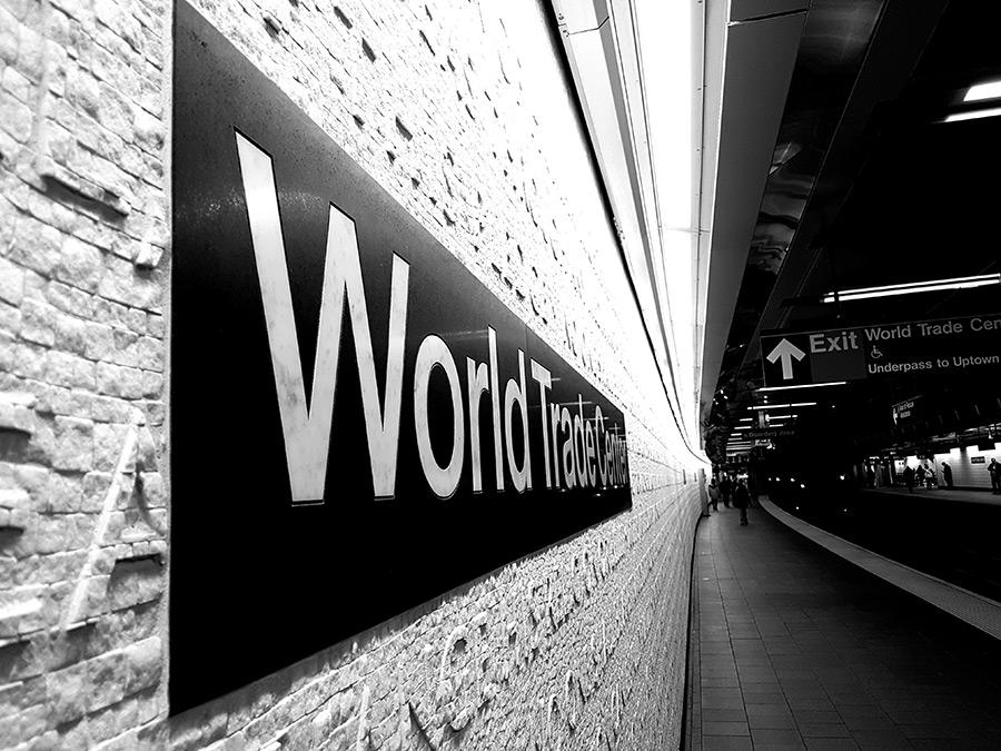 Andén de la estación del World Trade Center en blanco y negro - Foto de Andrea Hoare Madrid
