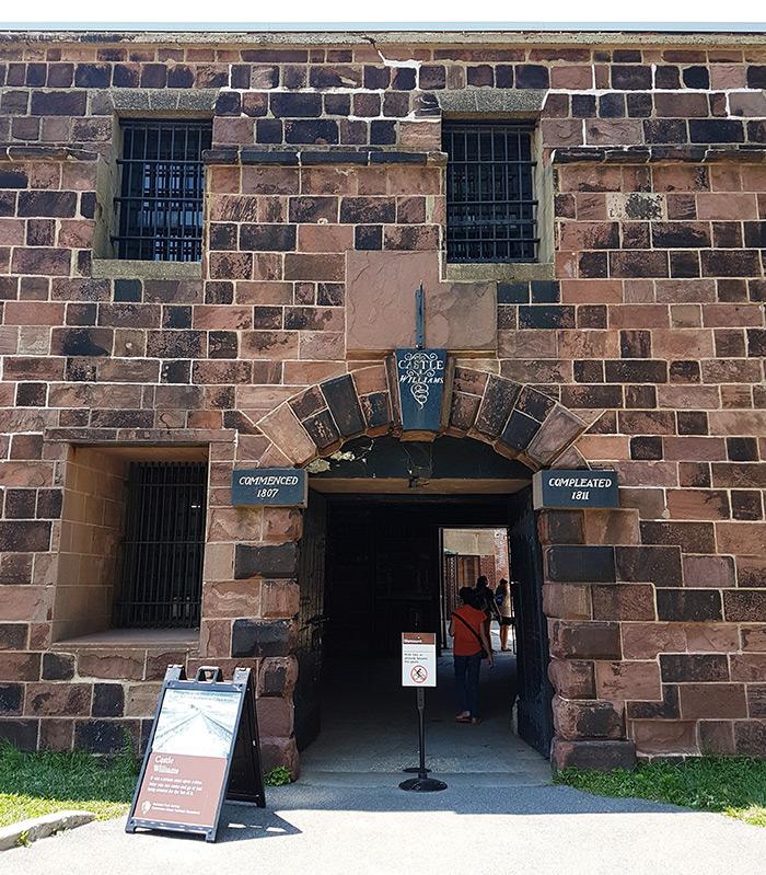 Castle Williams en Governors Island - Puerta de acceso al patio interior. Foto de Andrea Hoare Madrid