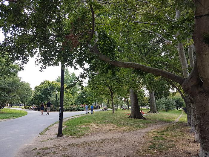 McCarren Park parque más grande de Greenpoint en la frontera con Williamsburg - Foto de AHM