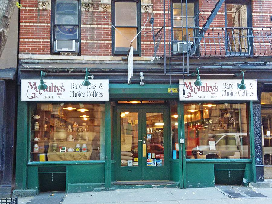 Fachada de la tienda McNultys en el Village la que importa tes y cafés exóticos desde 1895 - Foto de Andrea Hoare Madrid