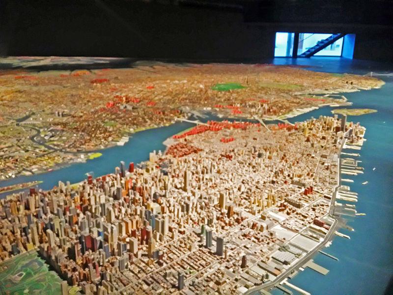 Maqueta de Nueva York realizada por el urbanista Moses. Atracción principal del Museo de Arte de Queens, foto de Andrea Hoare Madrid