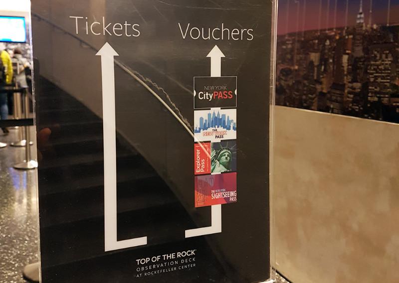 Acceso preferencial para tarjetas de descuento New York Pass, CIty Pass, Sightseeing Pass , Go New York en el observatorio Top of the Rock - Foto de AHM