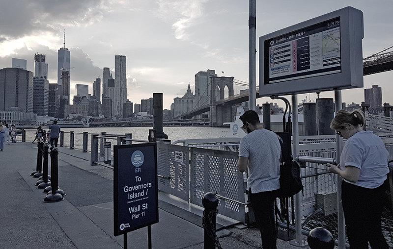 Terminal DUMBO del NYC Ferry - Foto de AHM