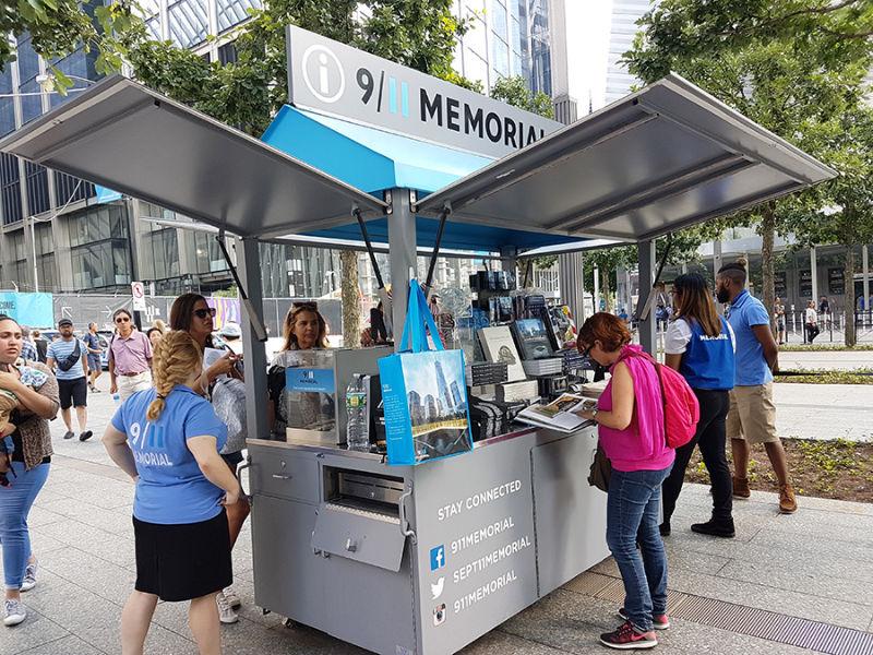 Kiosko de información del 9/11 Memorial en el WTC - Foto de Andrea Hoare Madrid